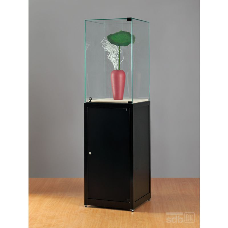 glas sockelvitrine glasvitrinen alu vitrinen g nstig. Black Bedroom Furniture Sets. Home Design Ideas